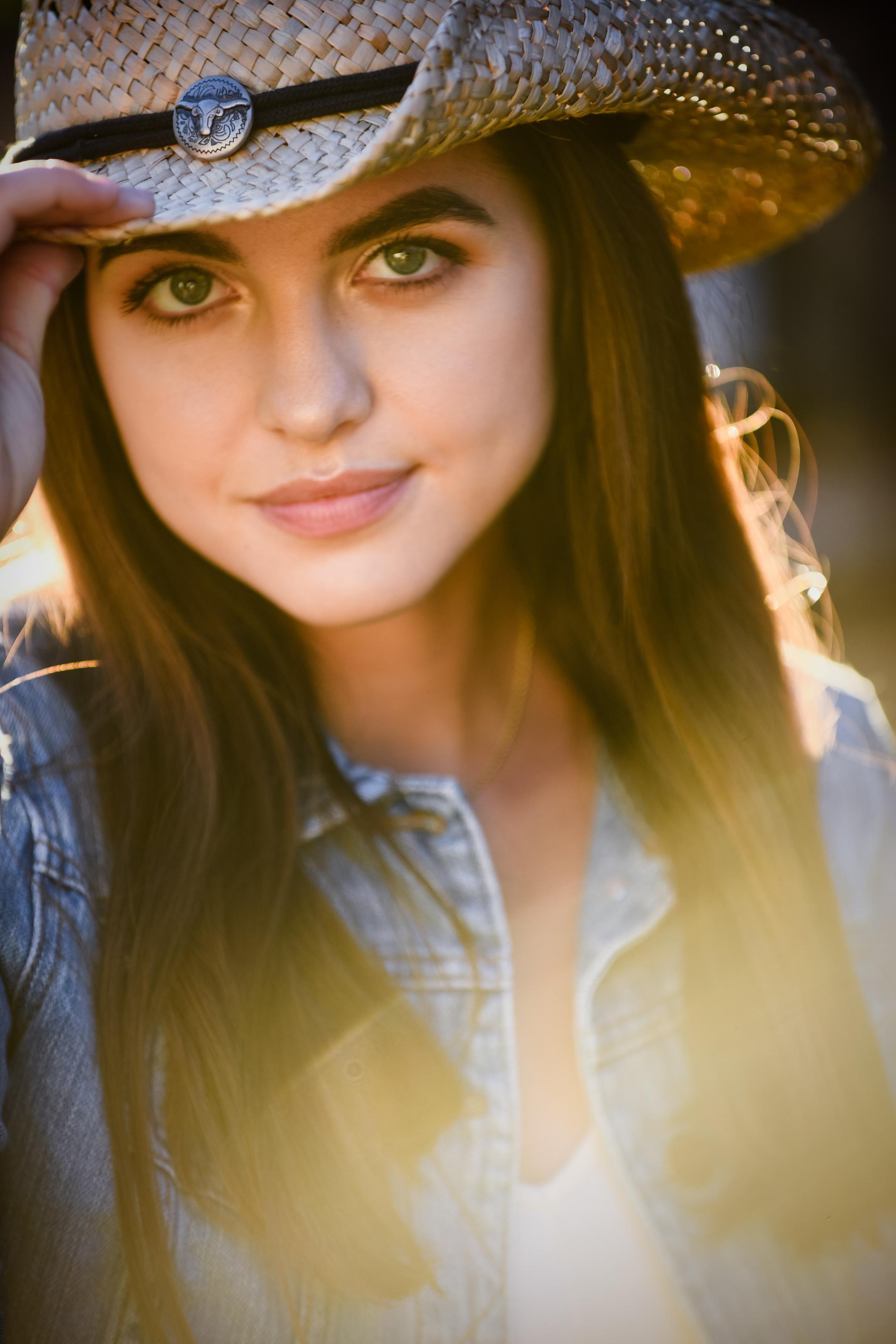 Kate Nelson Senior-13